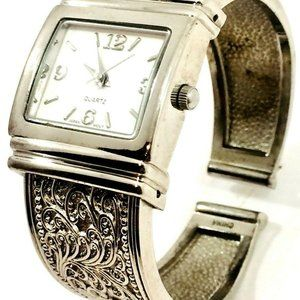 Woman's Watch Silver Tone Etched Filigree